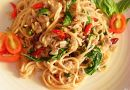 Spaghetti Alle Vongole – สปาเกตตี้หอยลายผัดพริก